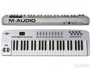 Миди-клавиатура M-Audio Oxygen 49 б/у